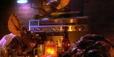 Gremlins bar scene