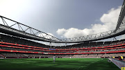 Pes 2011 Emirates Stadium HD Textures version 2