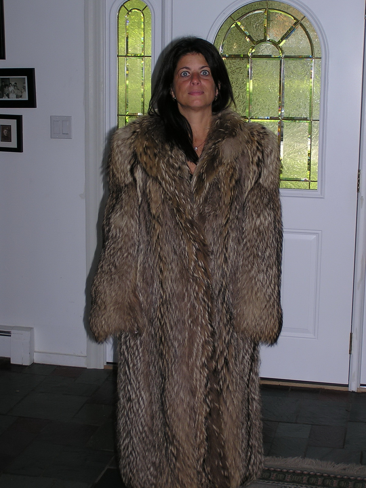 Old Women In Fur 88