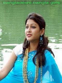 Muncrat Girls http://www.kabarterbaru.net/2012/03/sarika-bangladeshi-popular-model-hot.html