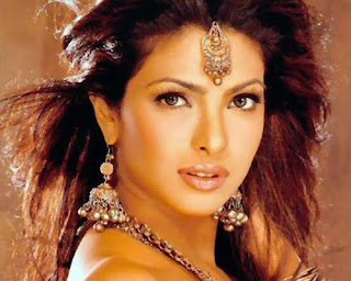 Priyanka Chopra famous actress and model in Bollywood