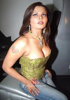 Rakhi sawant Indian actress sexy boobs and figure