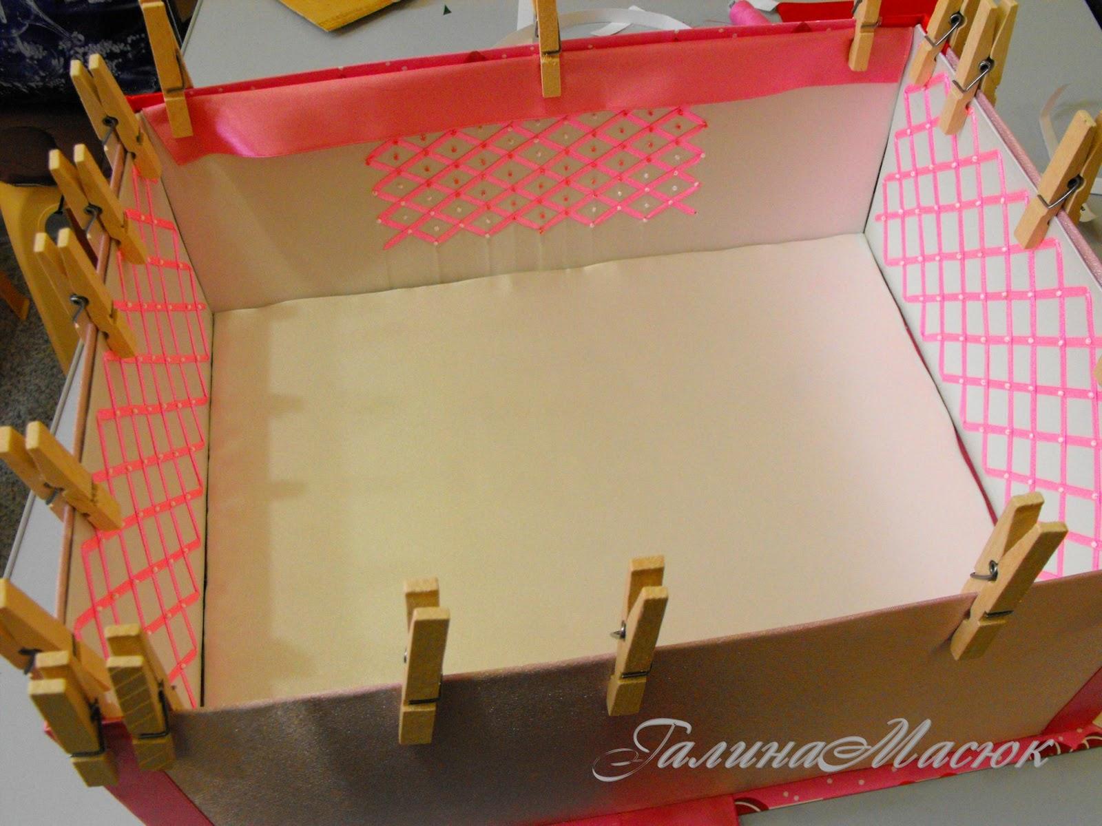 Как сделать из коробки из под обуви кукольный домик