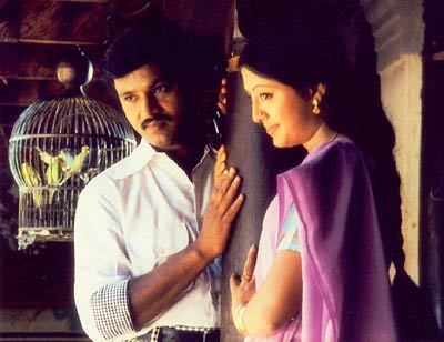 Ovvoru Pookalume Solkirathey Song Lyrics From Autograph