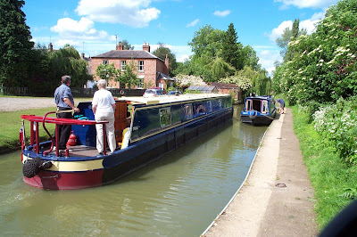 canal at cropredy