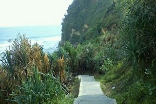 Tangga Pantai Nampu