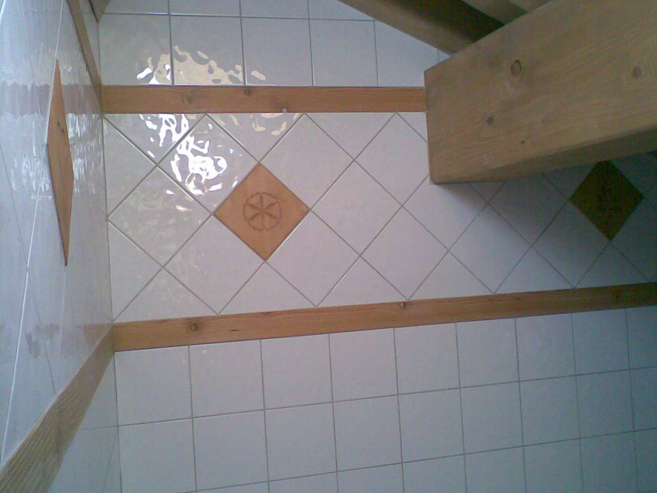 Service bricolage salle de bain en faience bois for Bricolage salle de bain