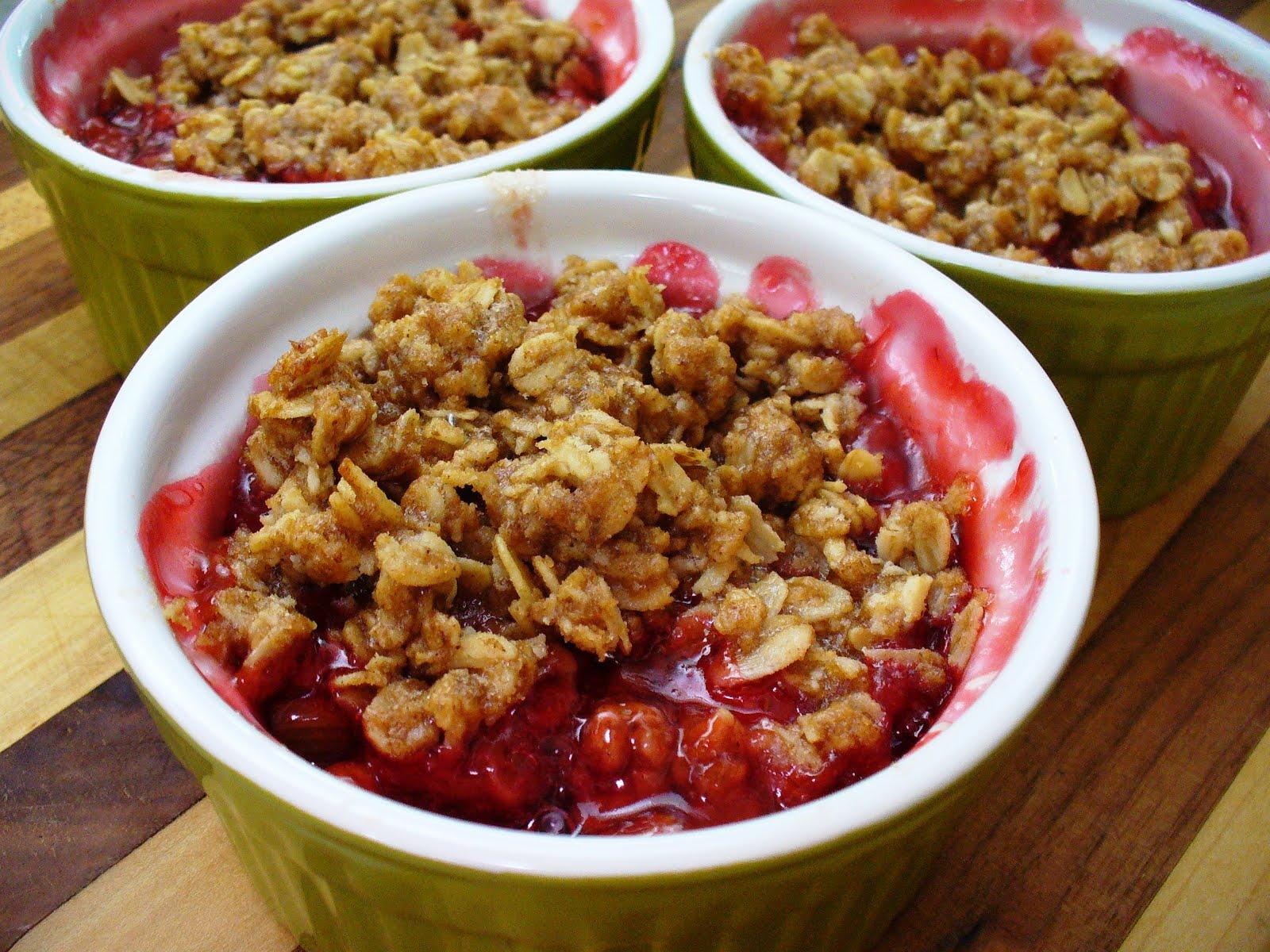 Leenees Sweetest Delights  Rhubarb Strawberry Crisp