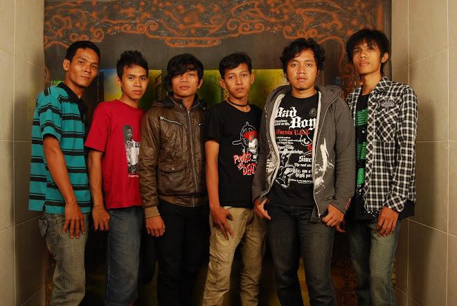 007 RINTIHAN - Mr. RyOuSt Band Indie Purworejo
