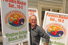 Dickerson designs Farmers Market sign with his paintings