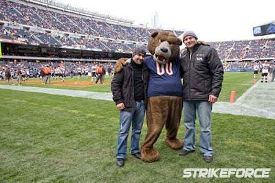 Apparently Fedor Emelianenko likes...The Chicago NFL team