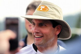 Derek Dooley's headgear puts Vols' fans in a frenzy.