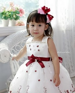 little flower girl hairband -- HA501 Price:RM22 per pc