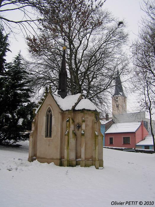 MAIZIERES (54) - Le village enneigé