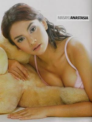 Foto Artis Hot Bikini Masayu Anastasia Melorot Werkudor