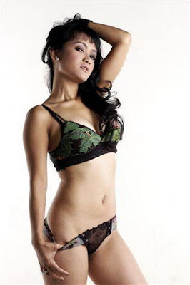 Indonesian Hot Girl, Indonesian Naked Girl, Julia Perez Telanjang