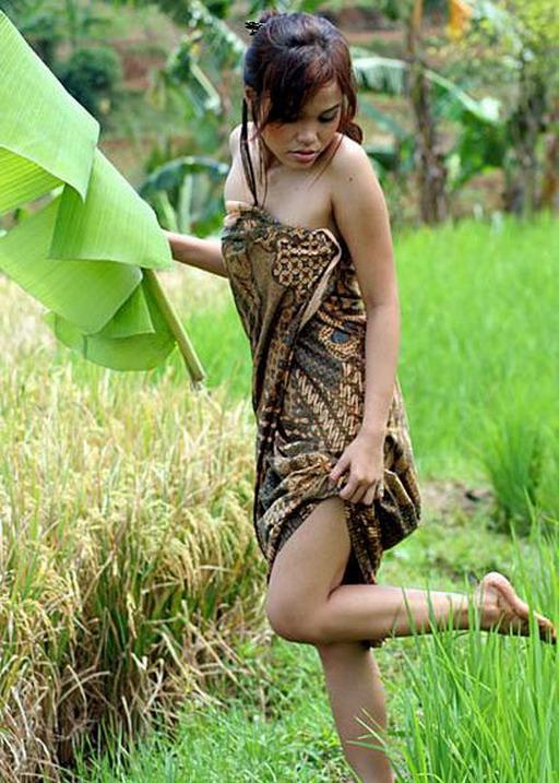 Foto Gadis Desa Telanjang Bulat apexwallpapers.com. apexwallpapers.com.