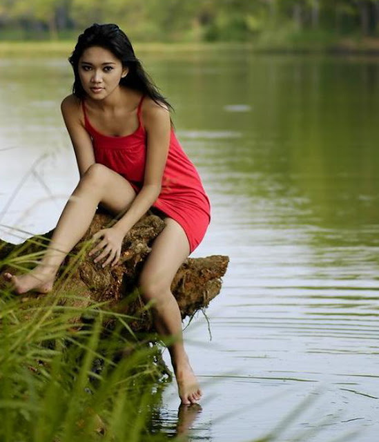 ... 72kB, Ngintip Paha Mulus Model Seksi Dan Cantik Bahenol Blog Ngentot
