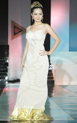 Myanmar Celebrities Fashion Show