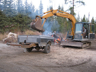 An Easy Way to Dump a Trailer Load of Anything