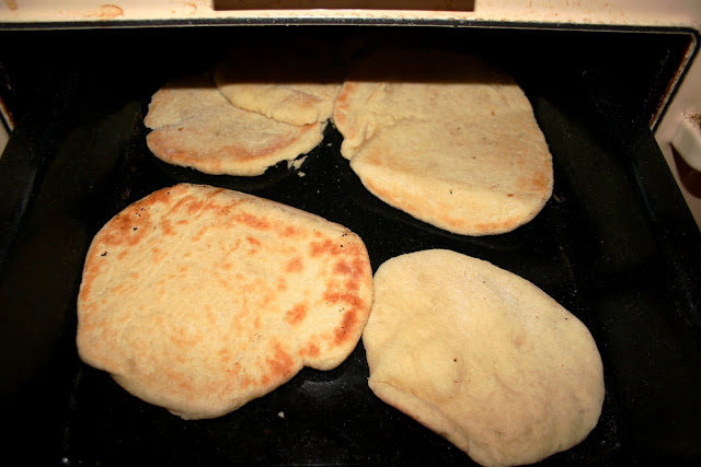 Making pitta bread