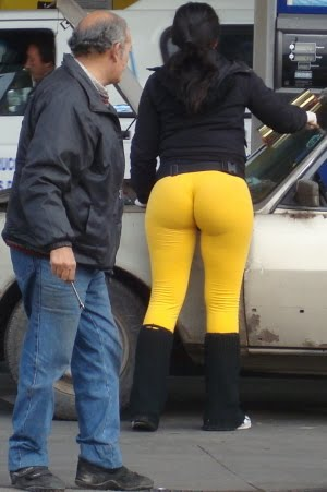 Stare @ That Phat Ass