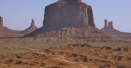Resultado de imagen para Monument Valley, situado en territorio navajo, o Mesa Verde.