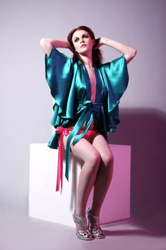 [kiki+by+kirsty+kimono]