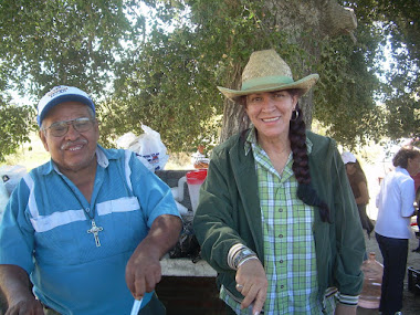 Lipita y Jesus finjiendo que cocinan jejej