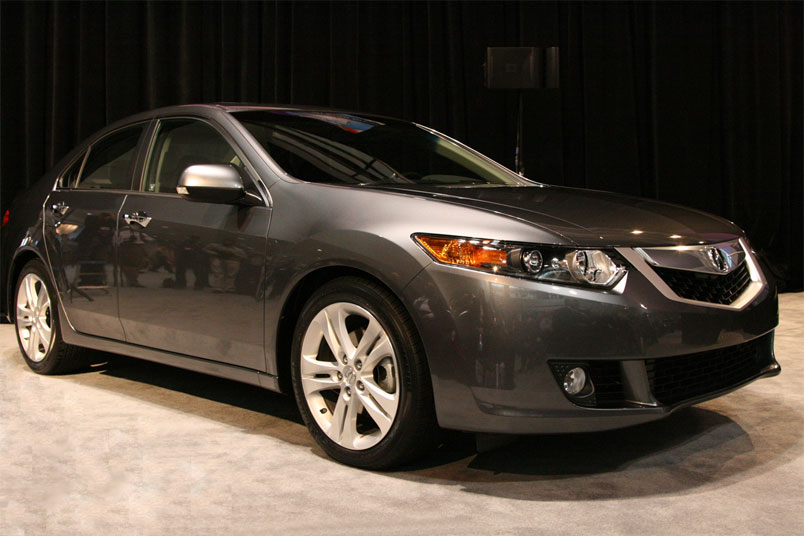 car 2010 acura tsx overview