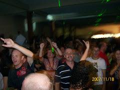 Galera agitando ao som de TONY KONRATH geração 80!!!