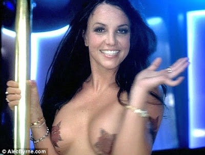 Britney Spears Performing Topless for single Gimme More