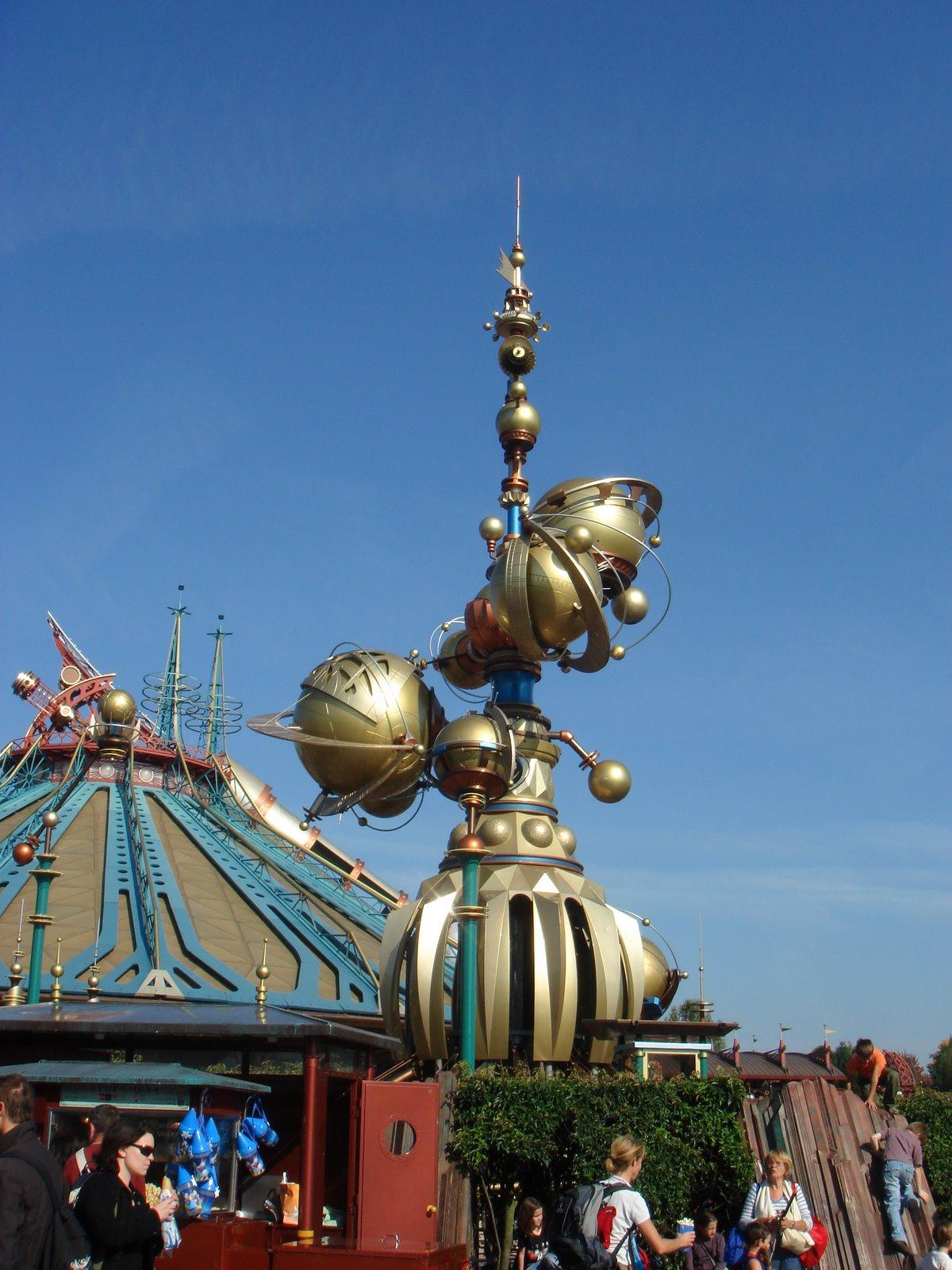 [Disneyland+Paris+2008+032.jpg]