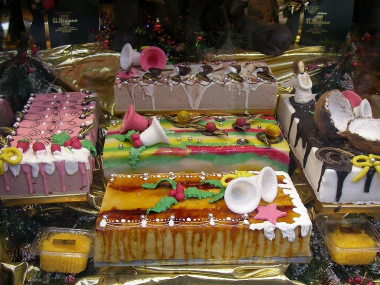 TURRONES el dulce típico de la Navidad en España.