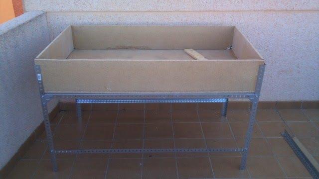 Proyecto atico huerto construccion de una mesa de cultivo for Mesa plegable bricodepot