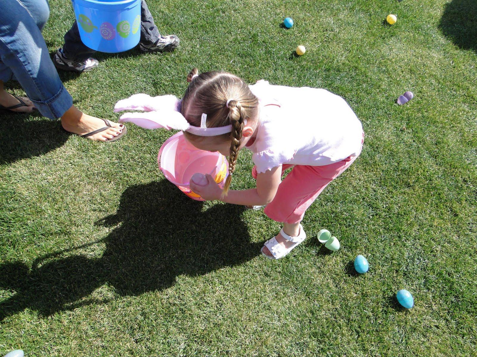 http://1.bp.blogspot.com/_yVTf5KjgRNA/S7-LK_q0YLI/AAAAAAAAC00/IAh1gW7Wo4A/s1600/Easter+A+hunt+01.JPG