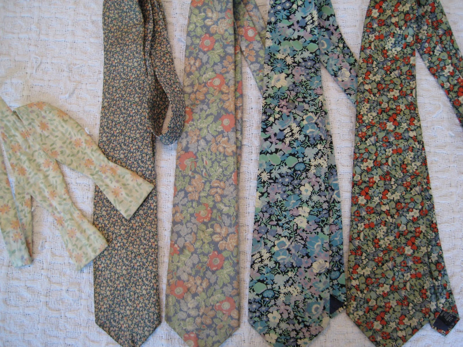 ... just love these charming prints, and they never go out of style