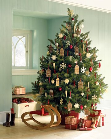 anyhow enjoy the gallery of christmas trees from martha stewart living issues past and present and please consider having a nap among the presents - Martha Stewart Christmas