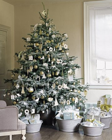 anyhow enjoy the gallery of christmas trees from martha stewart living issues past and present and please consider having a nap among the presents - Martha Stewart Christmas Trees