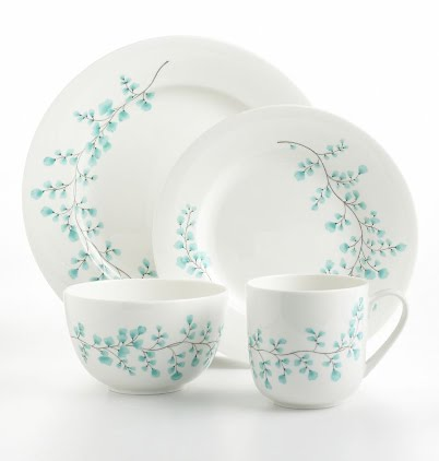 I love the vibrancy of these blue maidenhair leaves on this set of Martha Stewart dishes. The effect is clean but whimsical.  sc 1 st  Martha Moments - Blogger & MARTHA MOMENTS: For the love of Leaves