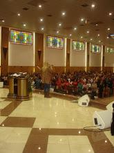 Valéria Rodrigues Adorando A Deus na Catedral do Rio Grande do Sul na Capital Porto Alegre