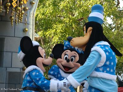 Disney's Let It Snow Parade Photo 11