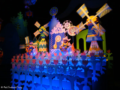 Disneyland It's A Small World Photo 7