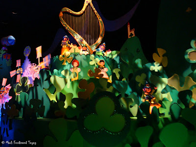 Disneyland It's A Small World Photo 6