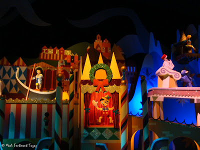 Disneyland It's A Small World Photo 5