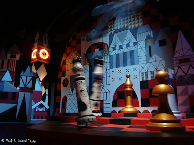 Disneyland It's A Small World Photo 4