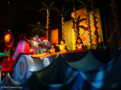 Disneyland It's A Small World Photo 11