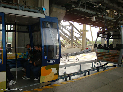 Ngong Ping Cable Car Photo 5