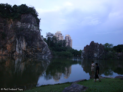 Bukit Gombak Lake Guilin Picture 5