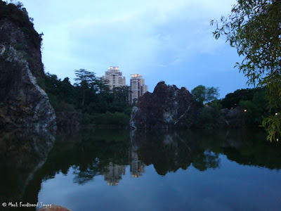 Bukit Gombak Lake Guilin Picture 3